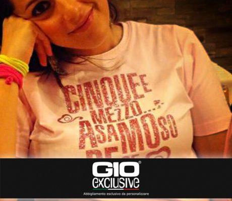 T-shirt da personalizzare esempio Amore